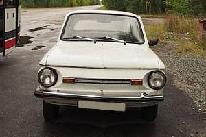 Автомобиль Запорожец ЗАЗ-968М (photo by Clay Gilliland / commons.wikimedia.org / CC BY-SA (https://creativecommons.org/licenses/by-sa/2.0))